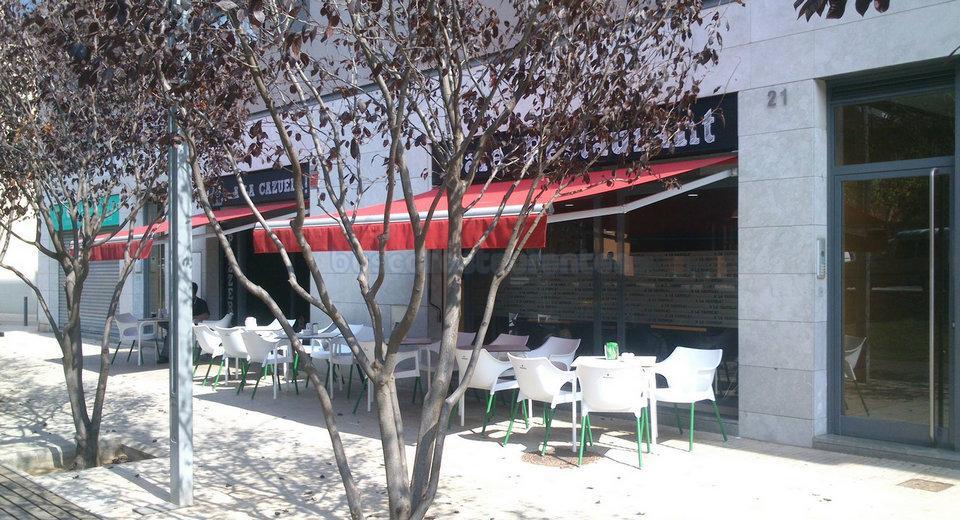 Terraza del Restaurante A la Cazuela de Viladecans