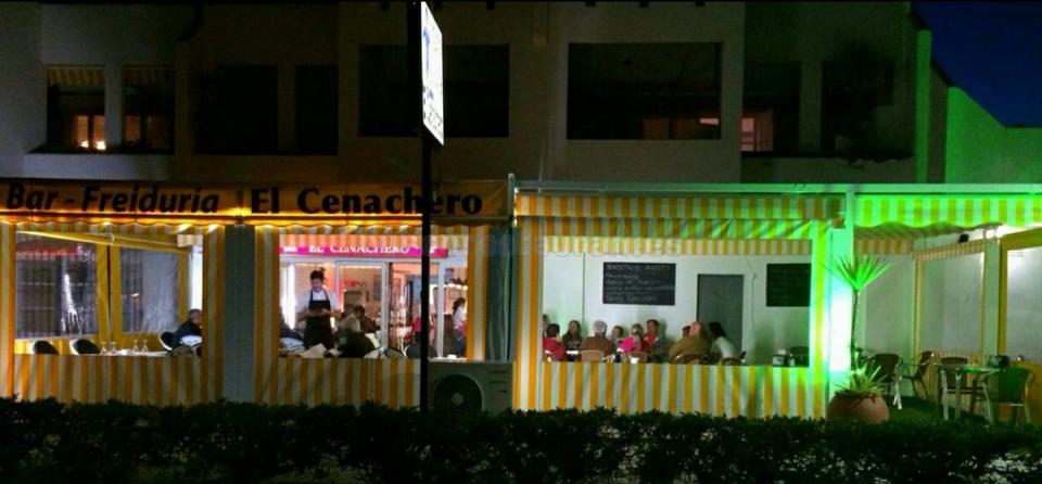 Bar Freiduría El Cenachero