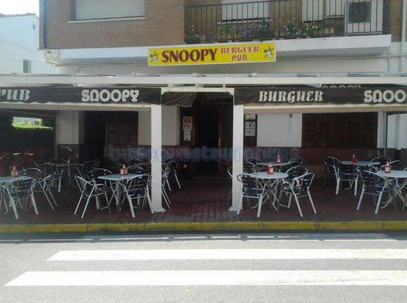 Burger Pub Snoopy
