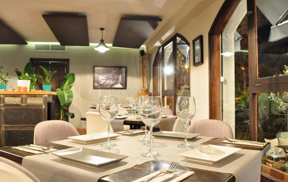 Cafe Restaurante La Mesa
