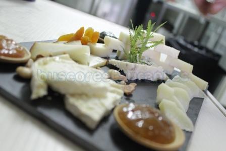 Selección de quesos y trío de mermelada