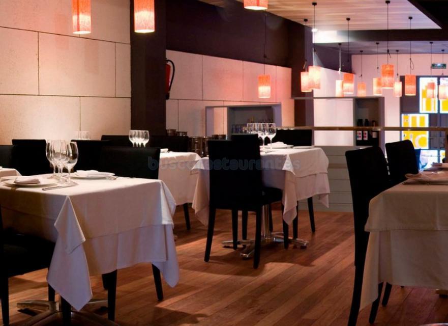 Restaurante cullera de boix urquinaona barcelona for Restaurante cullera de boix
