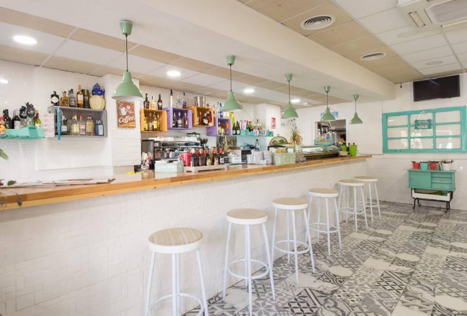 Déjà vu Restaurante Cafetería