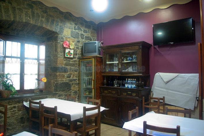 Restaurante el cobertizo salas for El salas restaurante