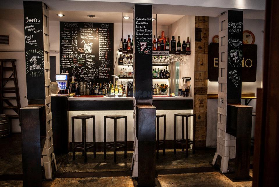 Restaurante el estudio de los arquitectos madrid for Restaurante escuela de arquitectos madrid