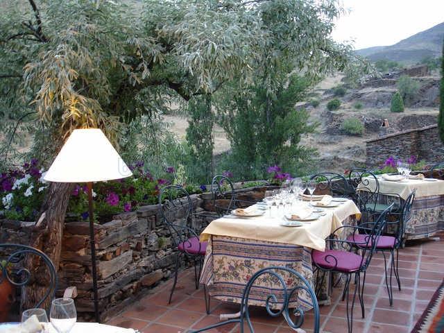 Restaurante el jard n del poleo patones for Restaurante el jardin madrid