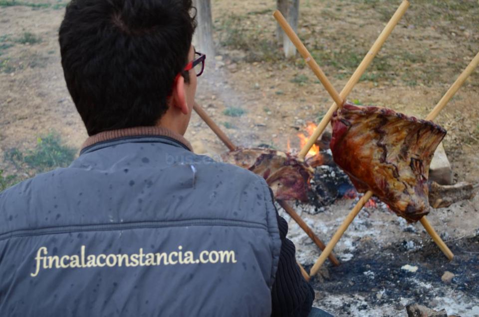 Asado Argentino, costillar de ternera en cruz