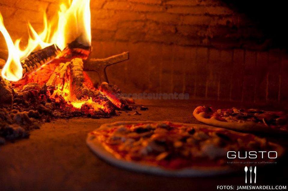 Gusto Trattoría Pizzería