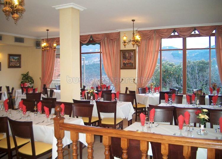 Hostal Restaurante Cerezo