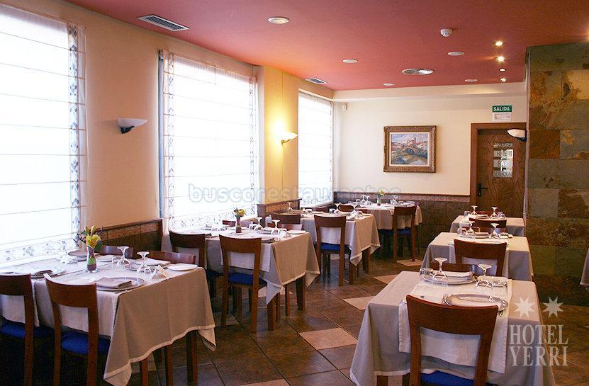 Hotel Restaurante Yerri