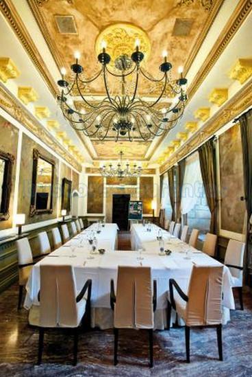 Iniro - abba Palacio de Soñanes Hotel