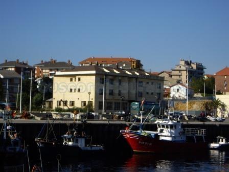 Hotel El Muelle desde el Puerto