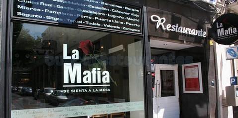 La Mafia Se Sienta a la Mesa - Casa Jiménez