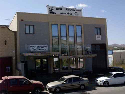 "Fachada Restaurante ""La Molina"""