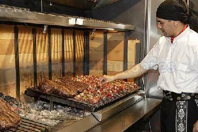 Restaurante la parrilla argentina pamplona iru a - Parrilla de la vanguardia ...