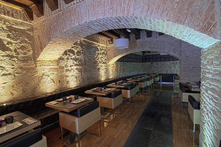 Le Bistró Capuccino Bar & Restaurant
