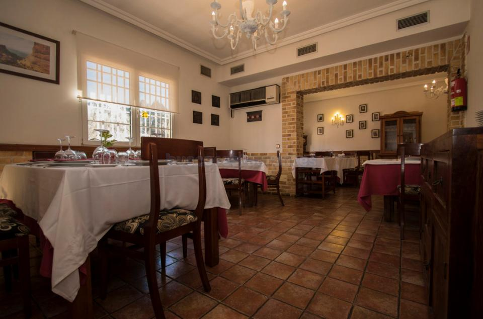 Restaurante los cuatro de le n san sebasti n de los reyes for Restaurante italiano san sebastian de los reyes