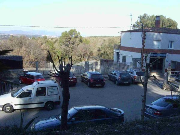 Vista parcial del parking.