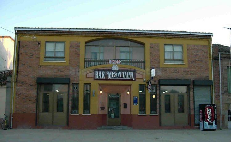 Restaurante mes n taina el perdig n for Bar restaurante el jardin zamora