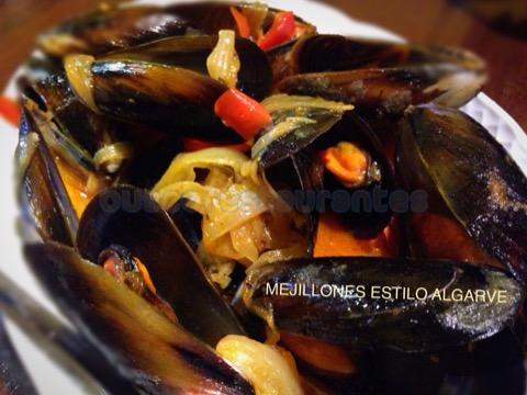 Mejillones estilo Algarve