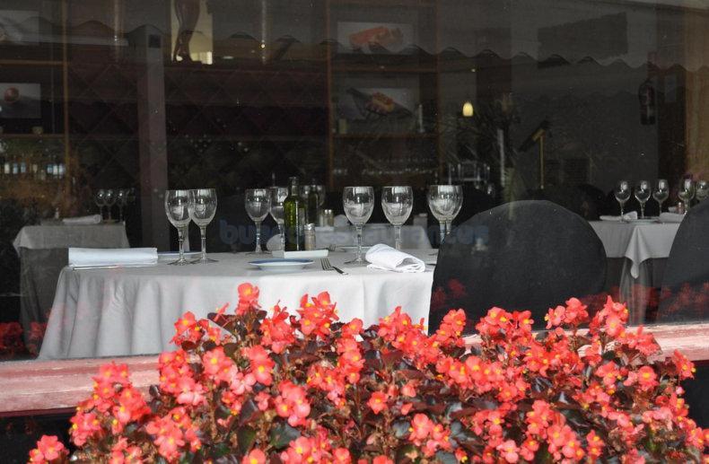 Ona Restaurant