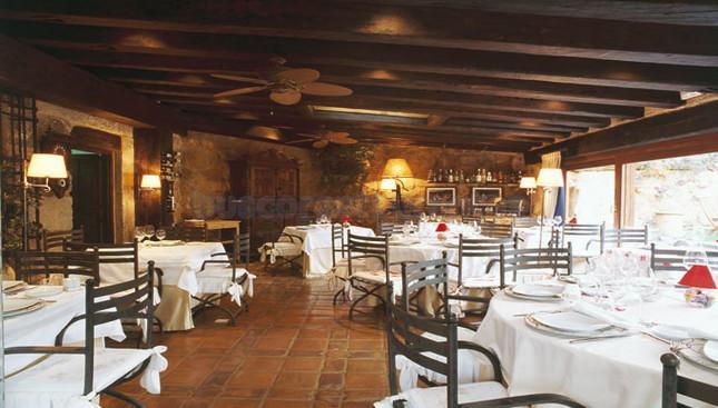 Restaurante posada de santa quiteria mor n de almaz n - Posada santa quiteria ...