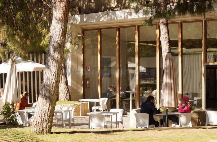Restaurante restaurante jardines del palau valencia capital for Jardines del palau