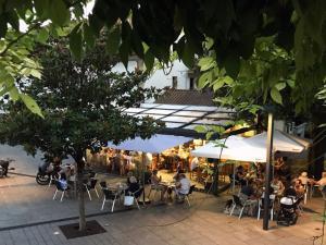 Bar Restaurante Larra